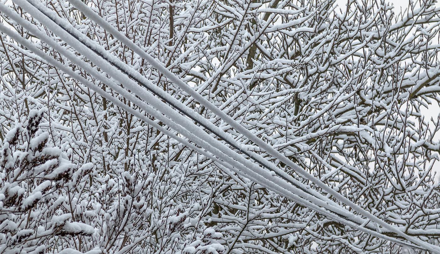 Verschneite elektrische Verdrahtung | Wagrati